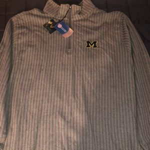 Vesi Sportswear Michigan half zip. Brand new.